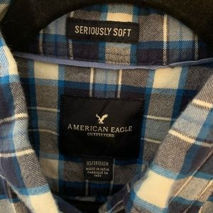 American Eagle Outfitters Shirts - American Eagle Men's Flannel Button Down XS